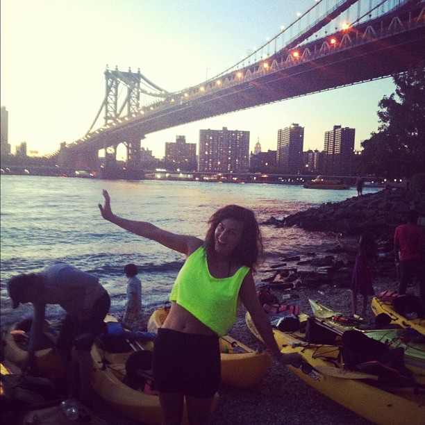 Instagram-Kayak-New-York-Night