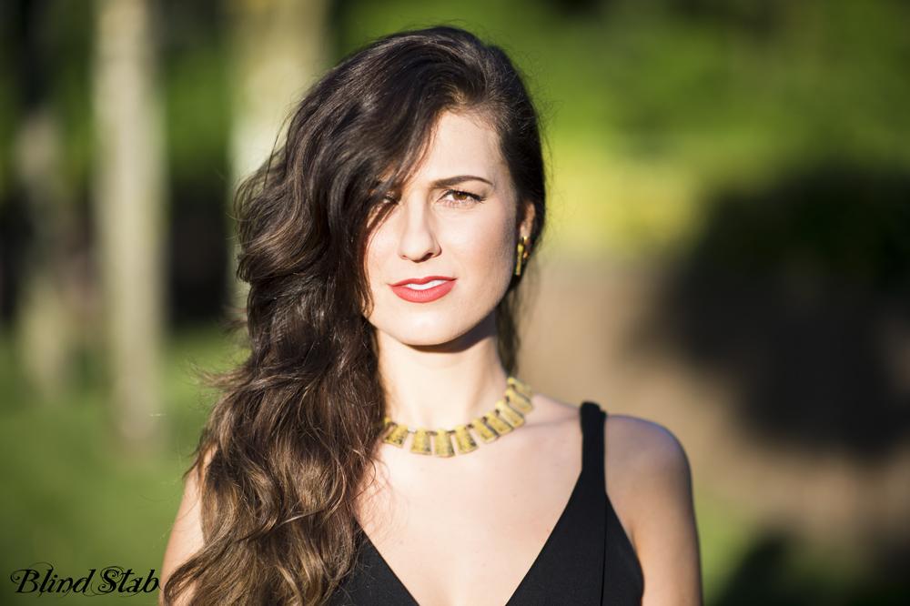 Blogger-Maxi-Dress-Hair-Curvy-Woman