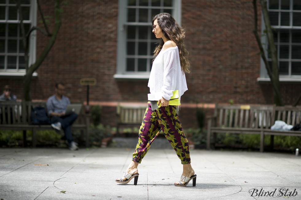 Neon-Blogger-Street-Style-Acne-Sweater