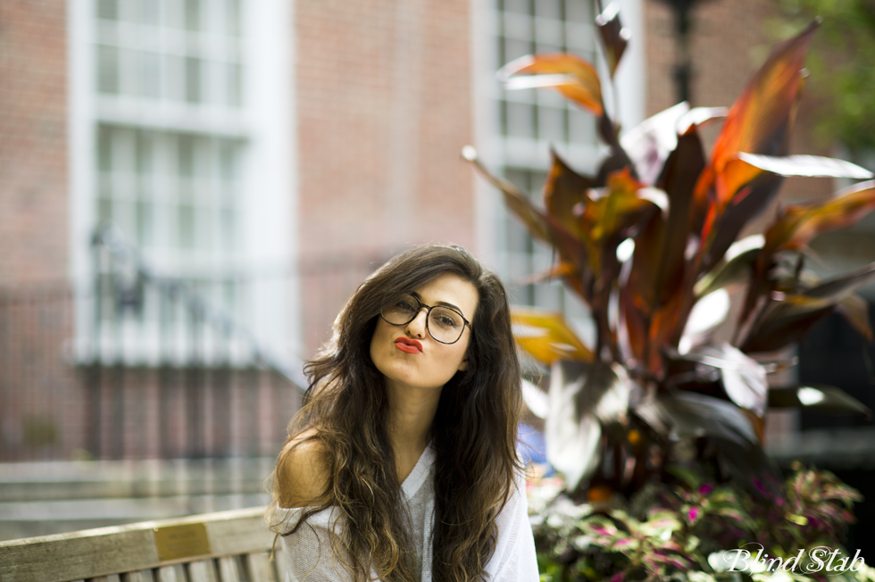 Neon-Lipstick-Blogger-Glasses-Hair