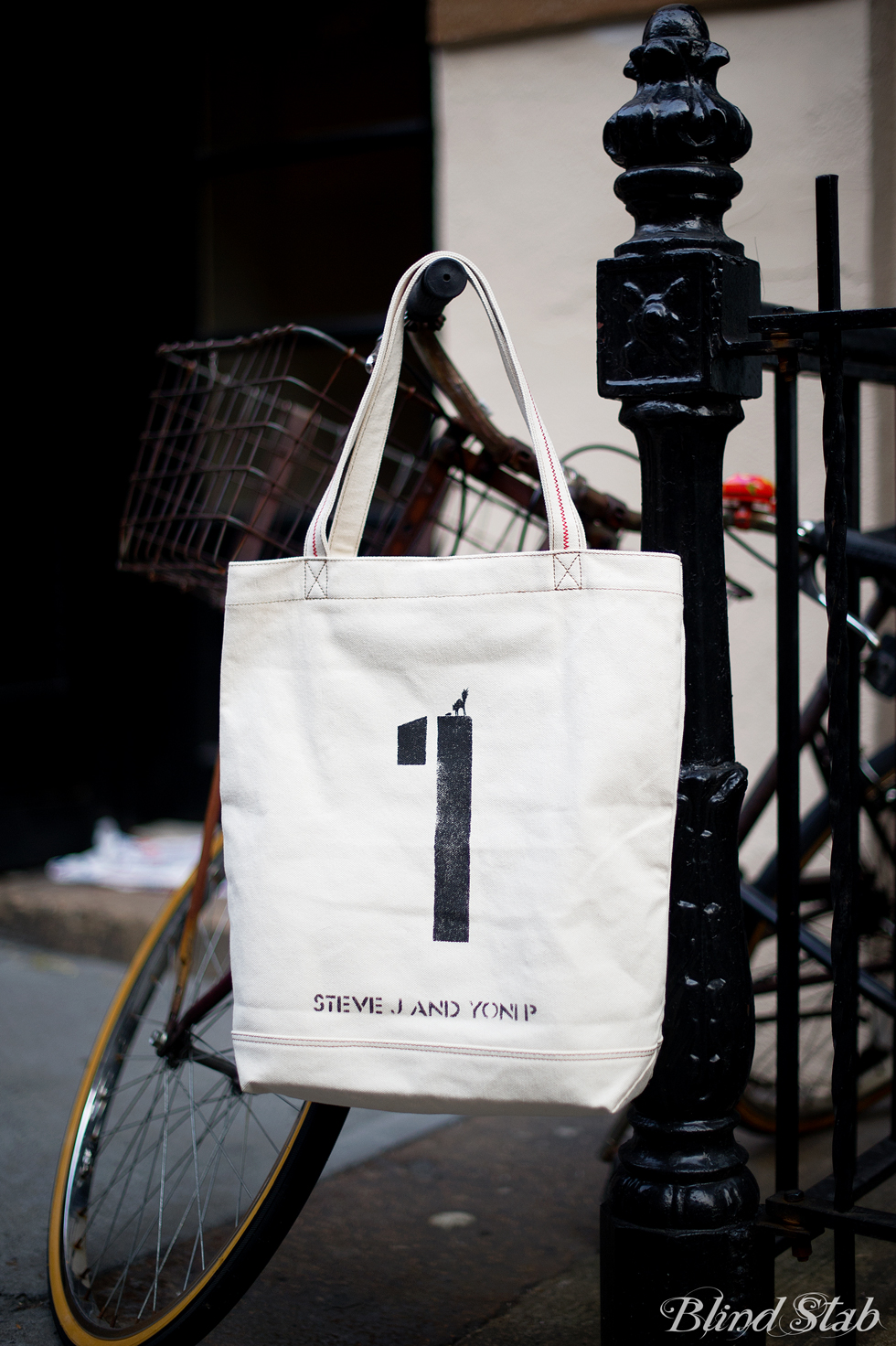 Blogger-Street-Style-NYC-Tote