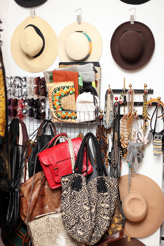 Blogger-DIY-Closet-Hats-Jewelry
