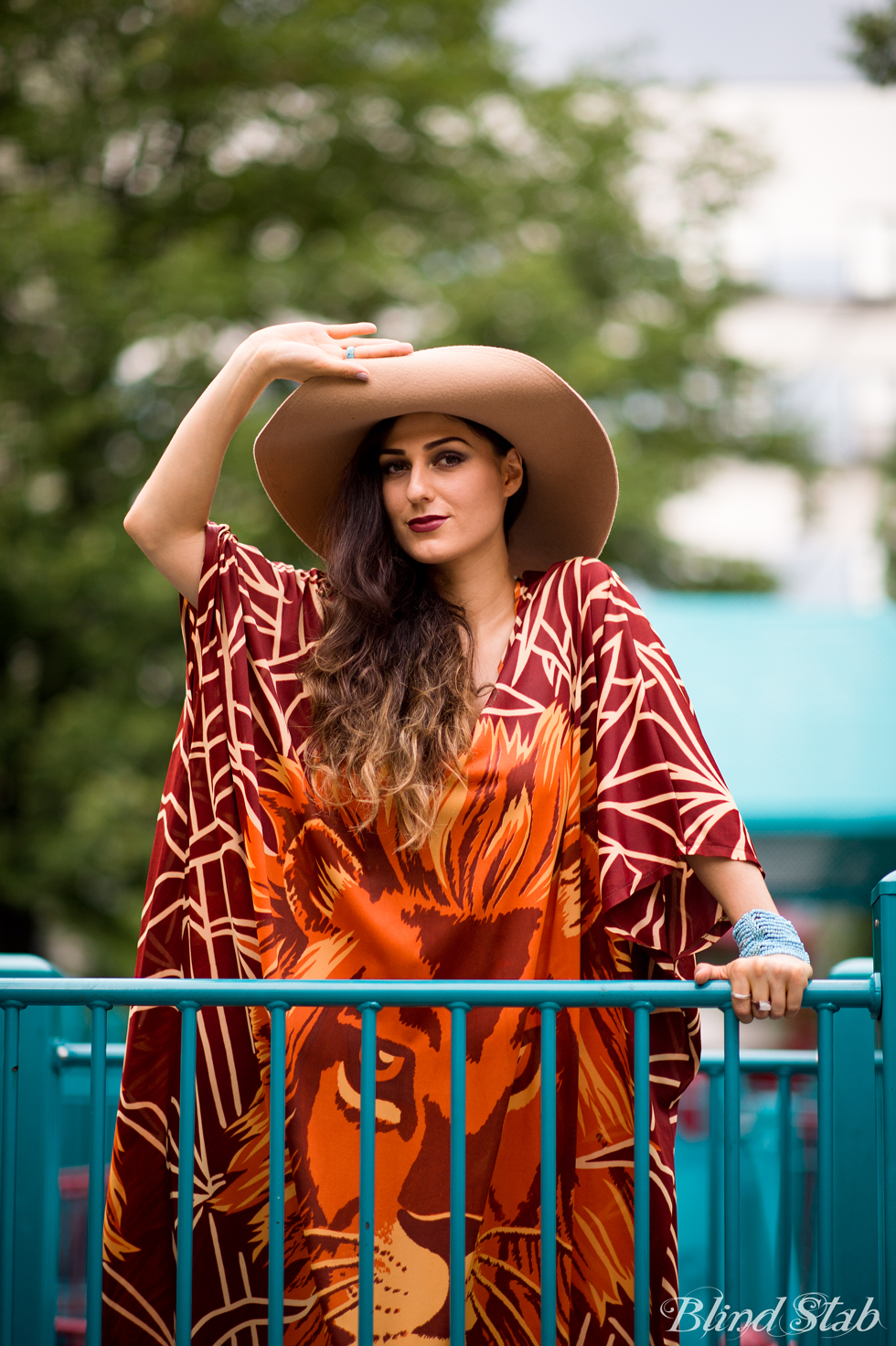 Wide-Brim-Floppy-Hat-Vintage
