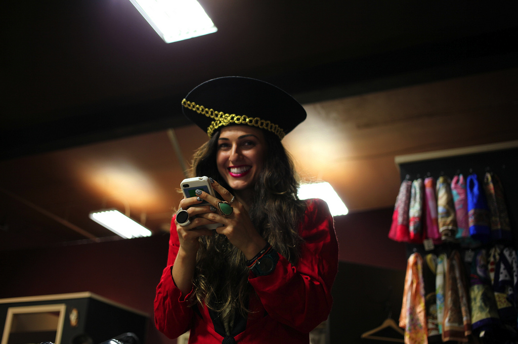 Pirate-Hat-Instagram-Red-Blazer