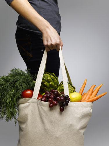 Woman-Groceries-Tote-Bag-Vegetarian
