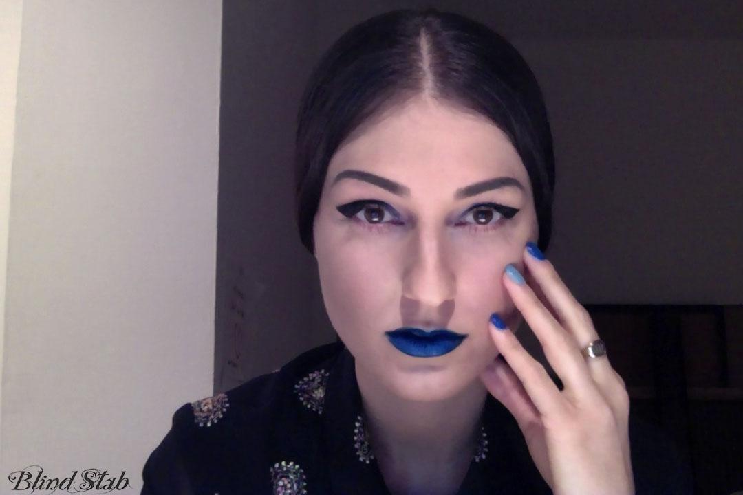 Lips-Nails-Curvy-Women-Woman