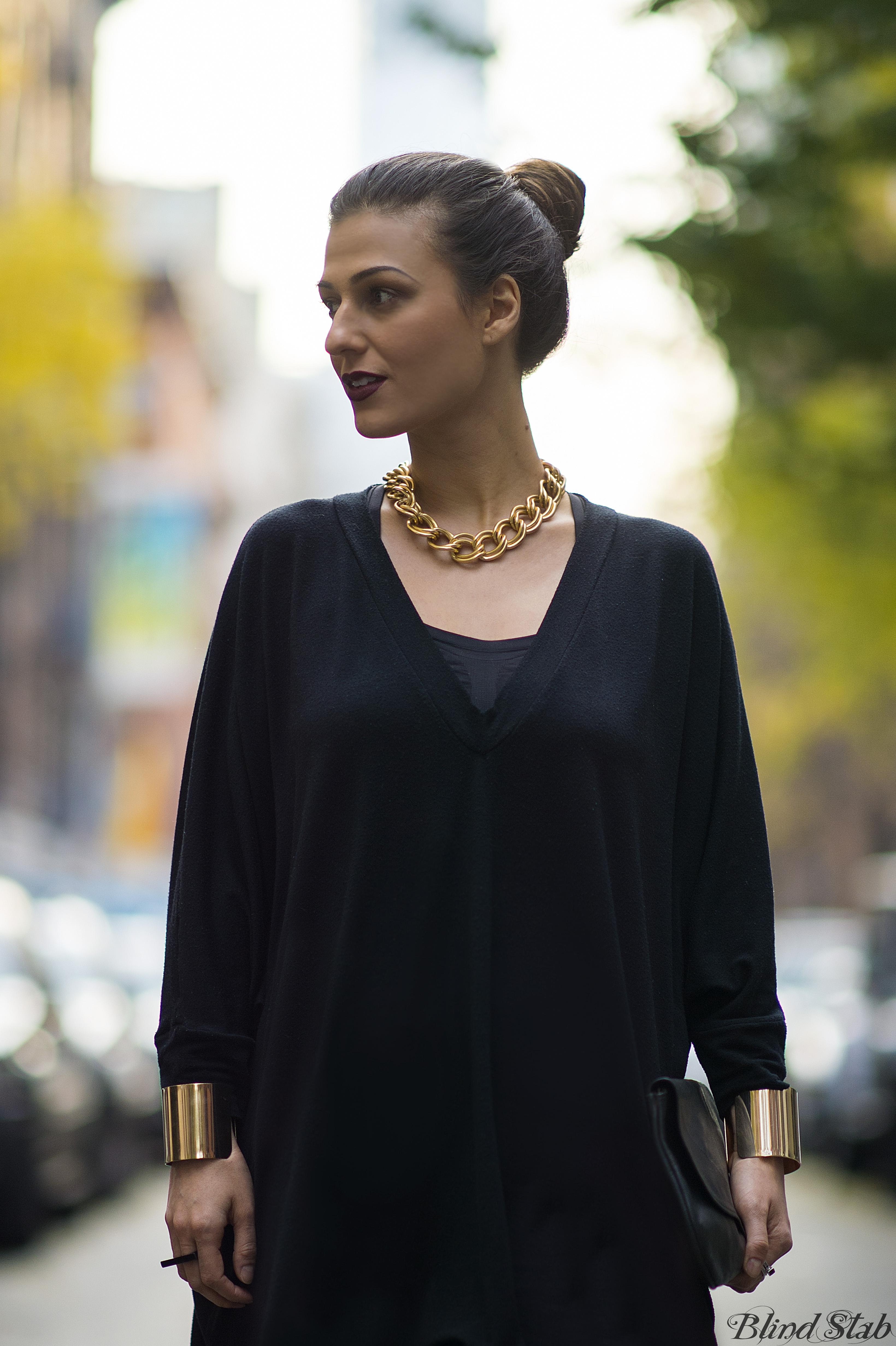 Bun-Long-Hair-Updo-Gold-Necklace