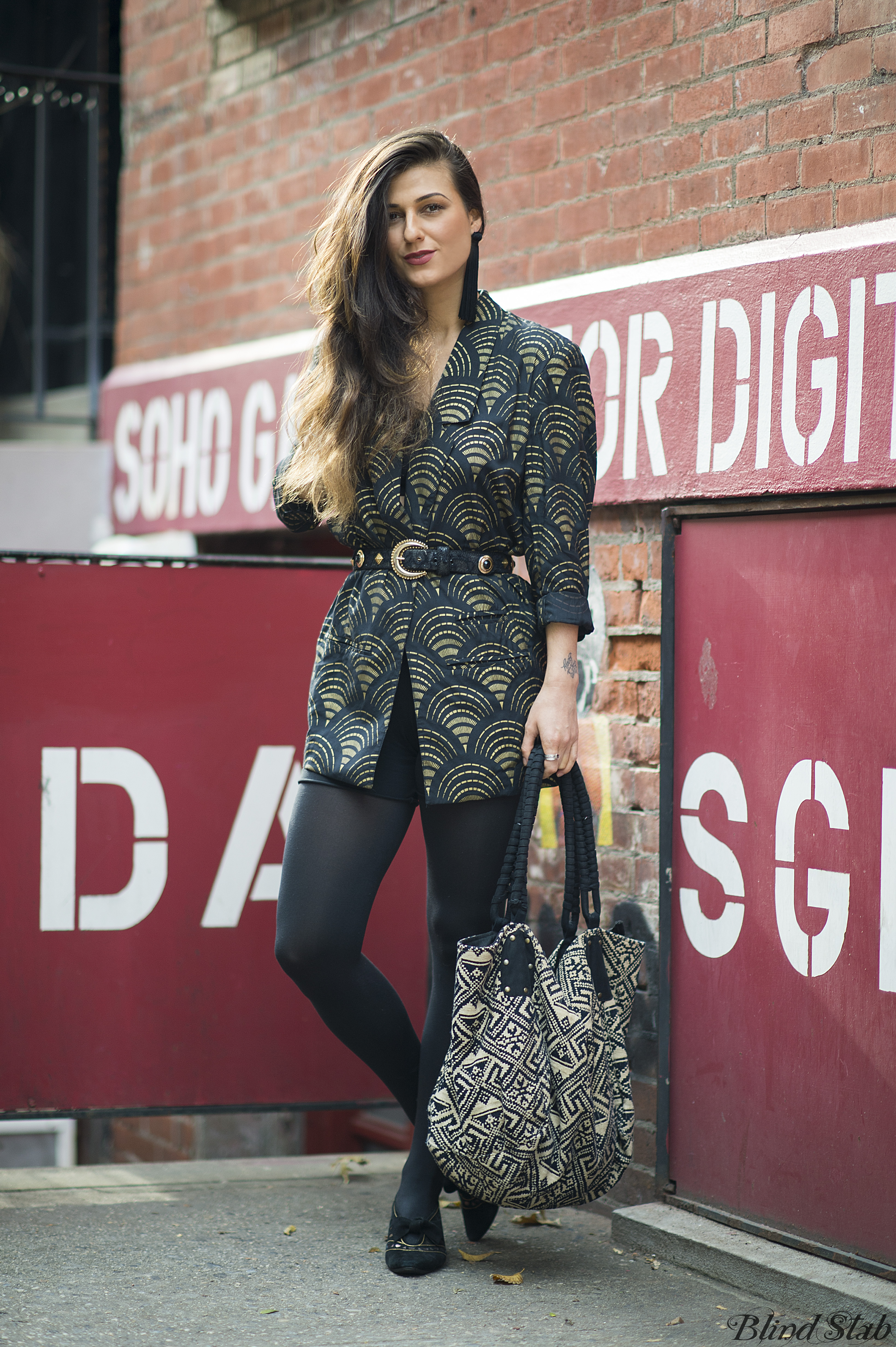 Street-Style-Long-Hair-Gold-Kitten-Heels