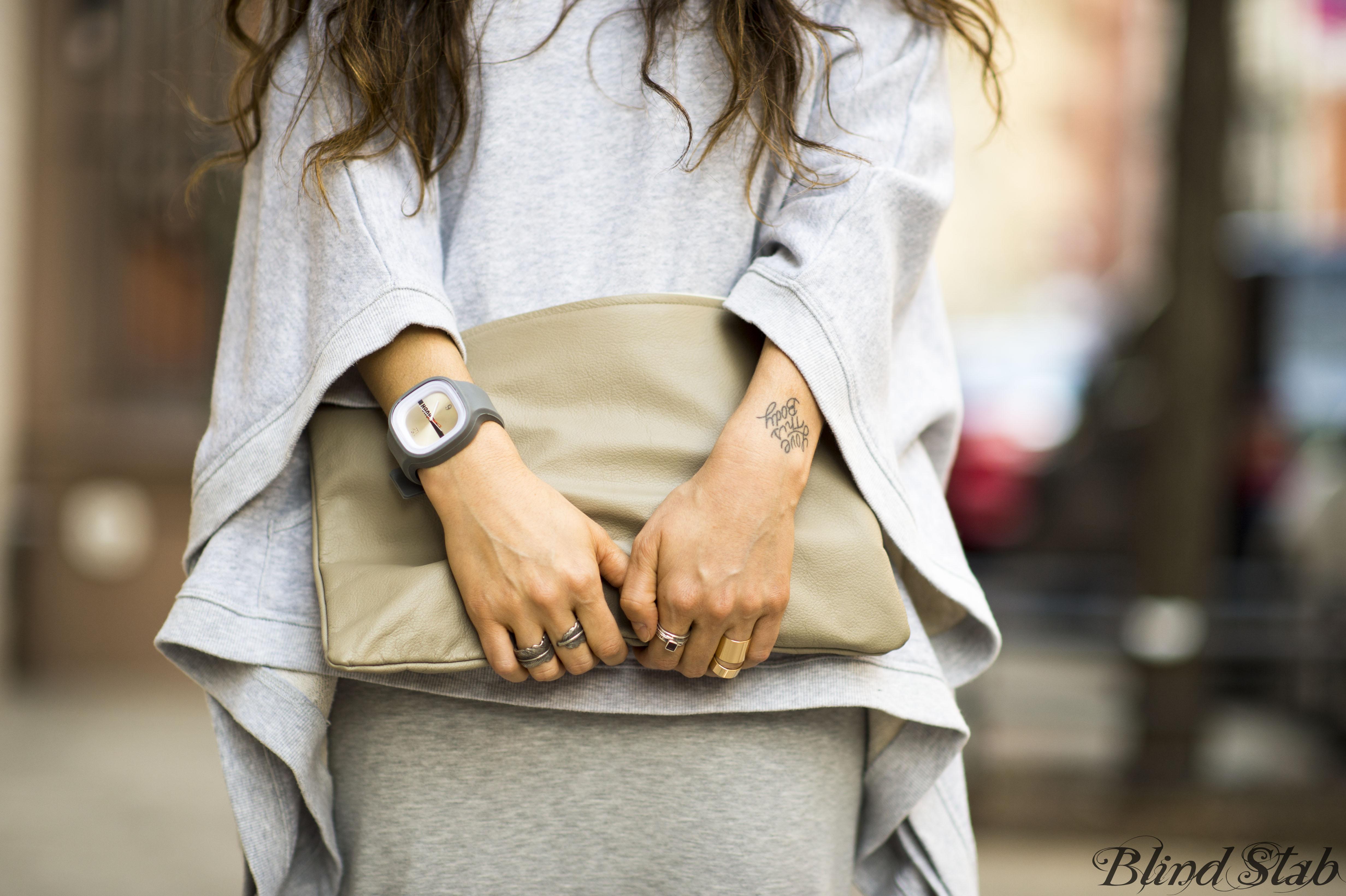 Wrist-Tattoo-American-Apparel-Gray-Clutch