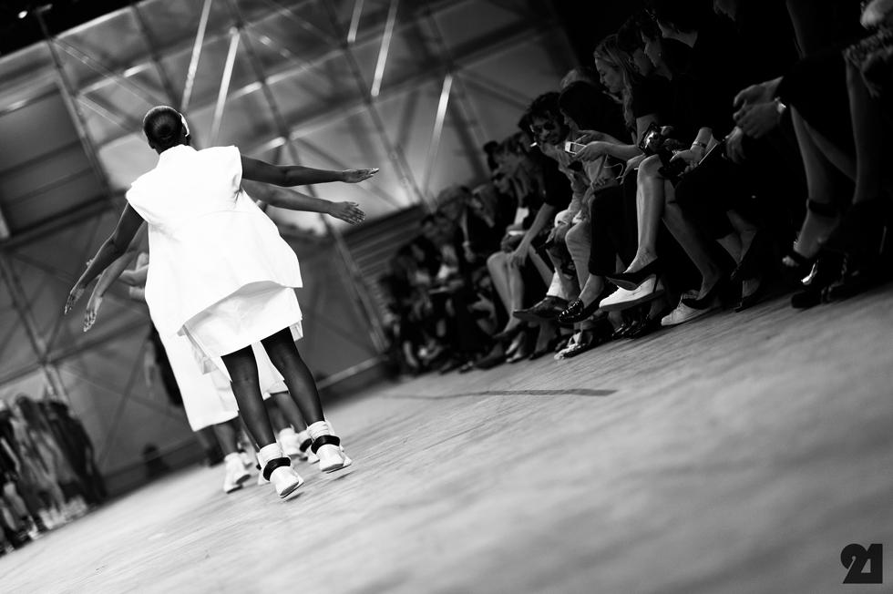 5173-Le-21eme-Adam-Katz-Sinding-Rick-Owens-Paris-Fashion-Week-Spring-Summer-2014_AKS1902