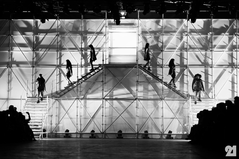 5178-Le-21eme-Adam-Katz-Sinding-Rick-Owens-Paris-Fashion-Week-Spring-Summer-2014_AKS1826