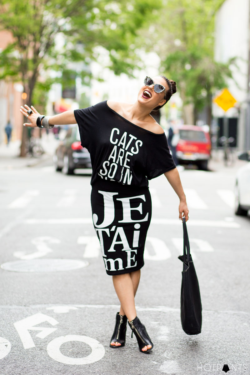 Curvy Healthy Woman Cat Eye Sunglasses New York City NYC Streetstyle