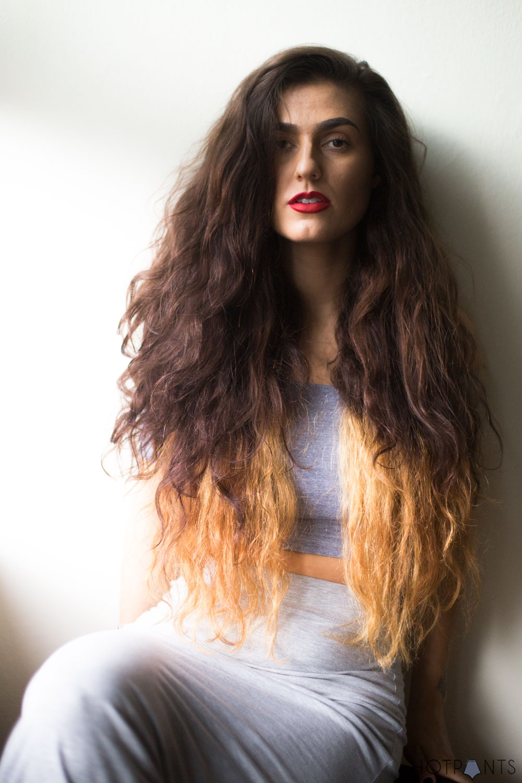 Do-The-Hotpants-Dana-Suchow-No-Photoshop-Acne-Skin-MJJ_1599