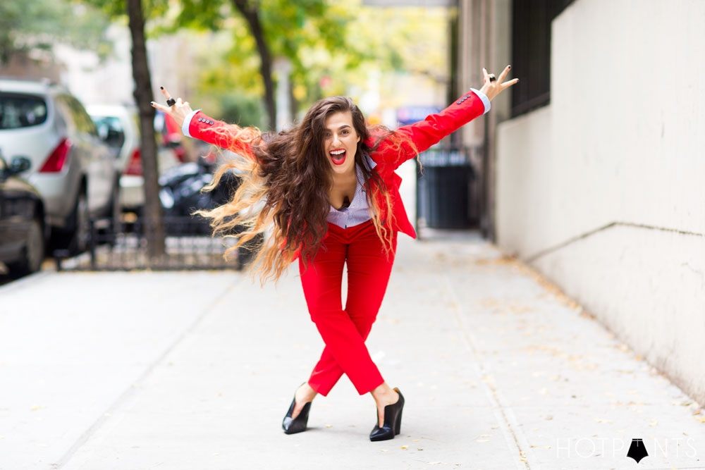 Do The Hotpants Dana Suchow Red Suit Womens Pantsuit Blazer Work Outfit Fashion 1