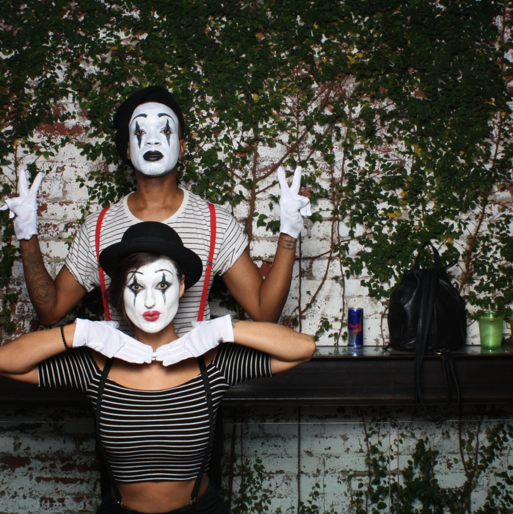 Do The Hotpants Dana Suchow Spree Wilson Mime Halloween Costume Facepaint Makeup 2