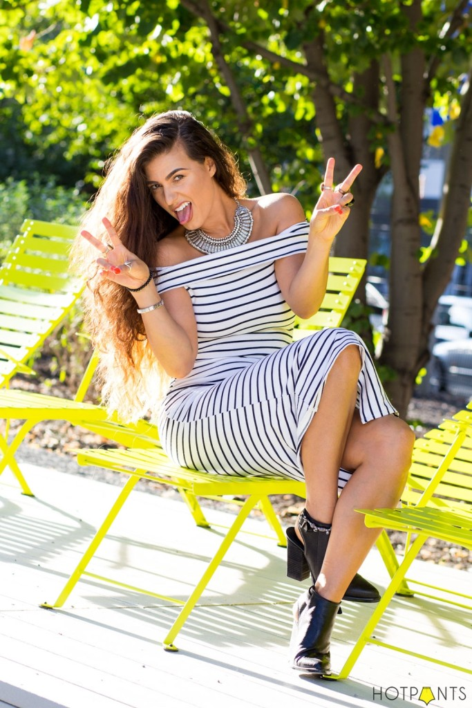 Do The Hotpants Dana Suchow Curvy Woman Girl Striped Bodycon Dress New York City Style 13