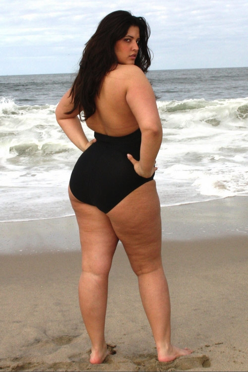 Denise Bidot Curvy Fat Woman Bikini Model Cellulite Photoshop Photoshopped Skin Smooth