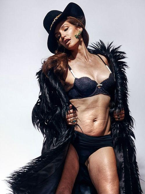 Cindy Crawford Unretouched Photoshop Photo Older Woman Real body Beautiful