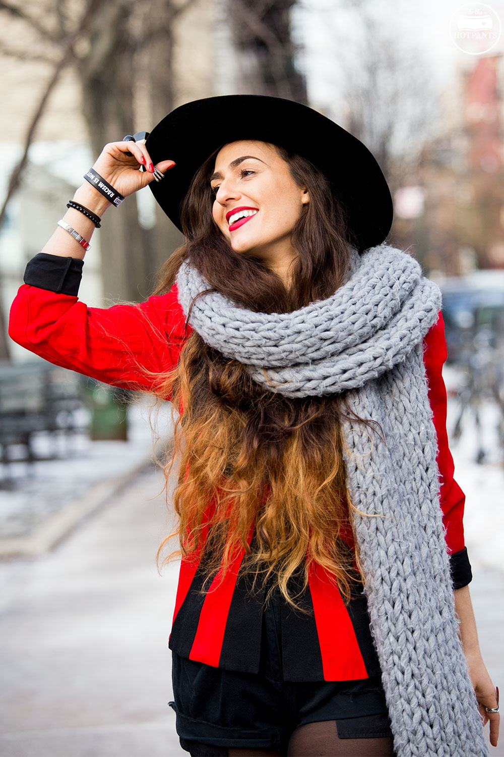 Huge Oversize Winter Scarf Wide Brim Hat