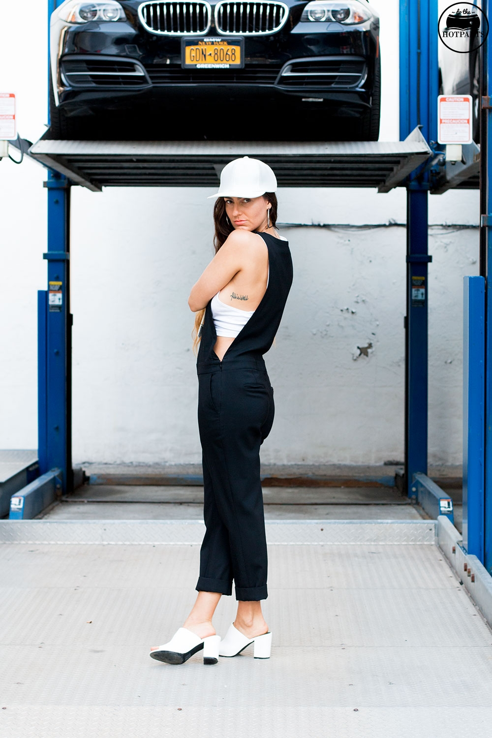 Do The Hotpants Dana Suchow Black Overalls White Leather Hat NYC Summer Streetstyle White Clog Mules IMG_7588