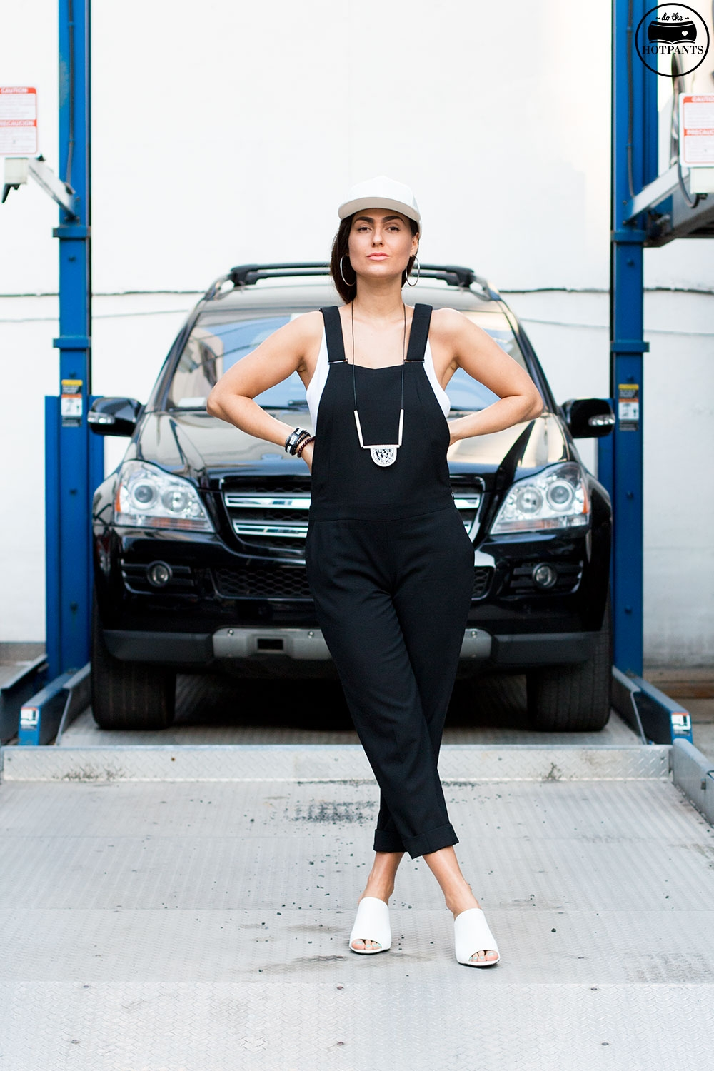 Do The Hotpants Dana Suchow Black Overalls White Leather Hat NYC Summer Streetstyle White Clog Mules IMG_7655
