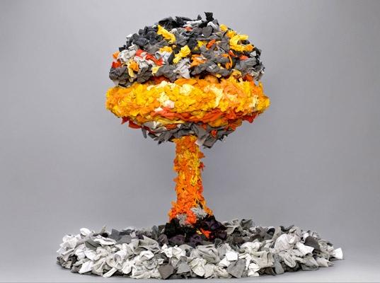 guerra-de-la-paz-mushroom-cloud