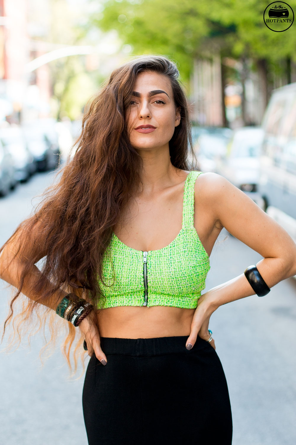 Do The Hotpants Dana Suchow Black Maxi Skirt Curvy Woman Neon Green Crop Top Midriff_IMG_7400