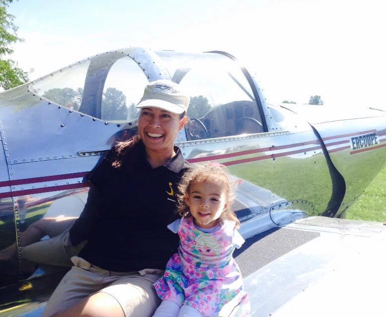 Jessica Cox armless pilot representation Re Girl Kid