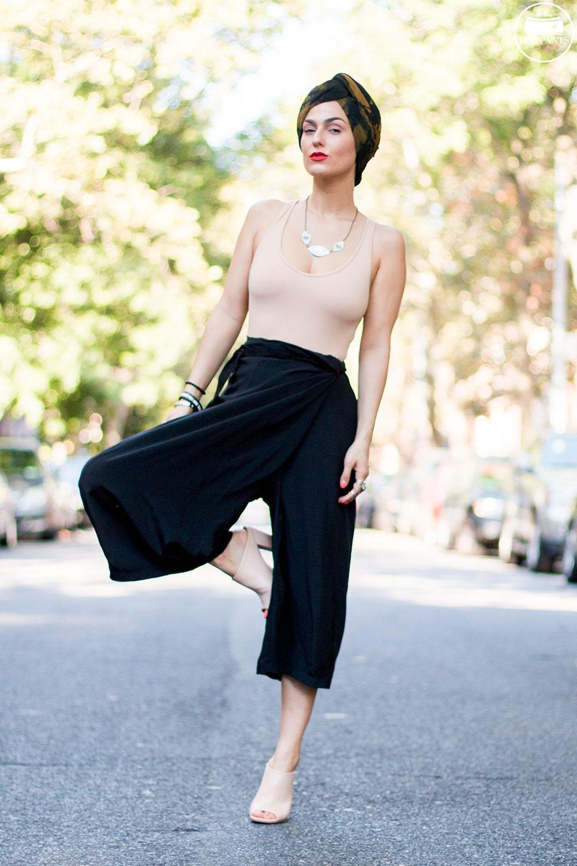 Do The Hotpants Dana Suchow Fashion Turban Nude Bodysuit Curvy Woman Black Culotte Pants IMG_1462