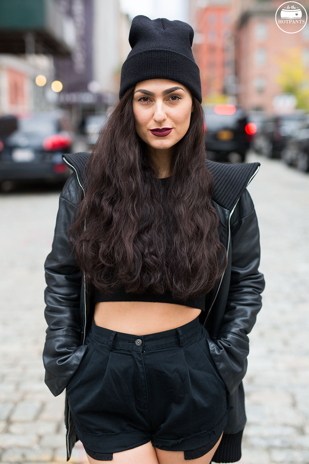 Do The Hotpants Dana Suchow Goth Outfit Black Beanie Thigh High Socks Crop Top Black Leather Jacket_M8A0295