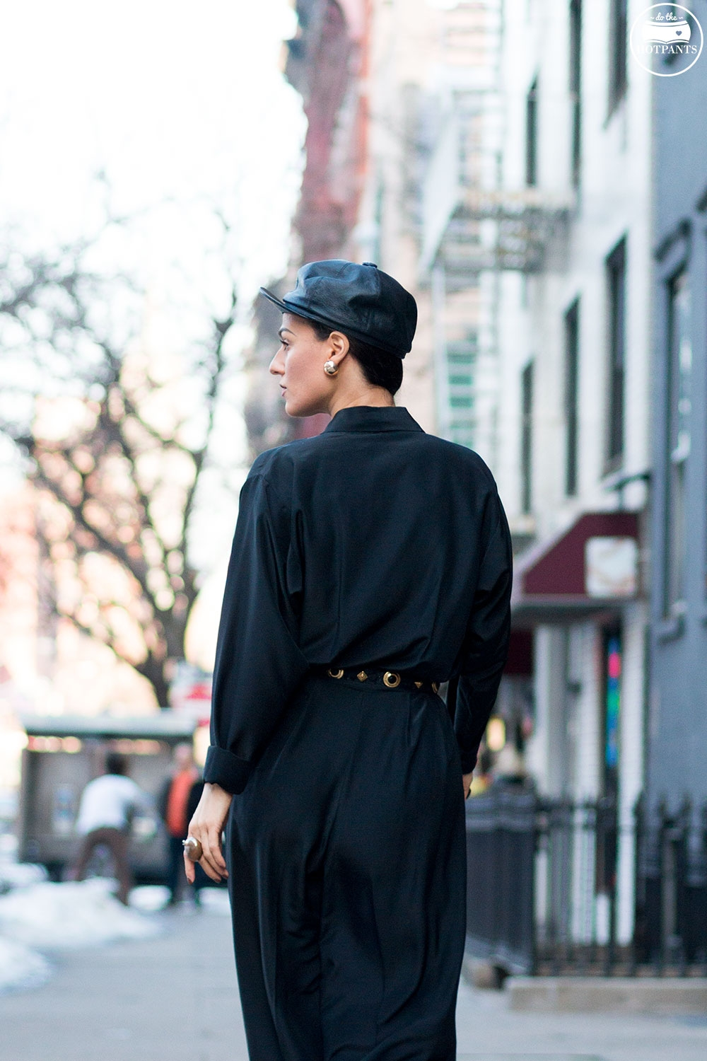 Do The Hotpants Dana Suchow Black Goth Jumpsuit Side Ponytail Leather Hat Winter Fashion Woman in Snow IMG_6512