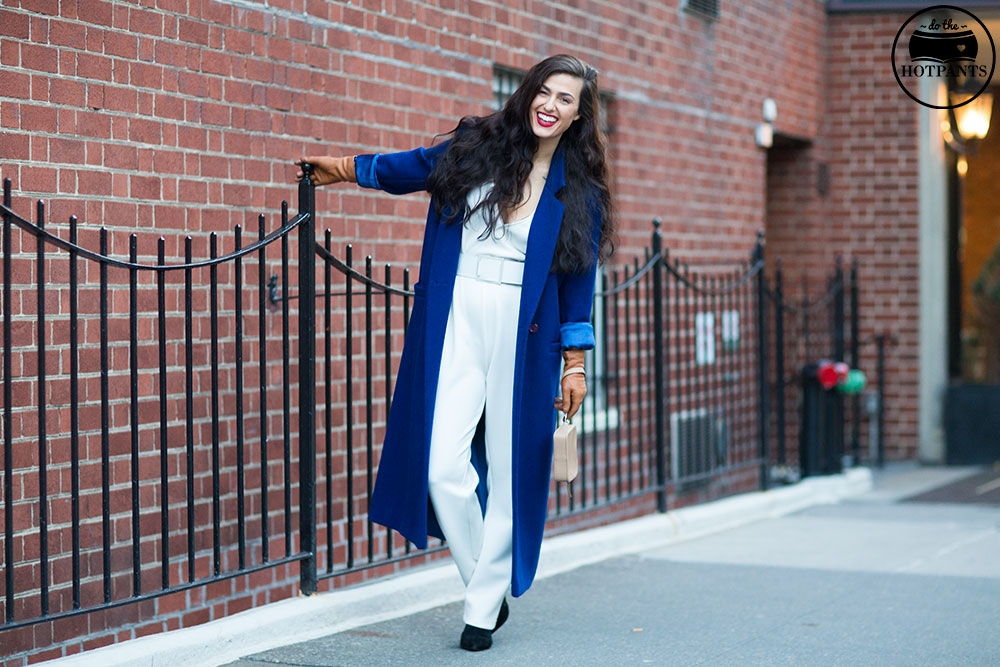 Do The Hotpants Dana Suchow White Jumpsuit Navu Blue Peacoat Trench Coat Jacket Red Lipstick Long Hair Woman MJJ_0035