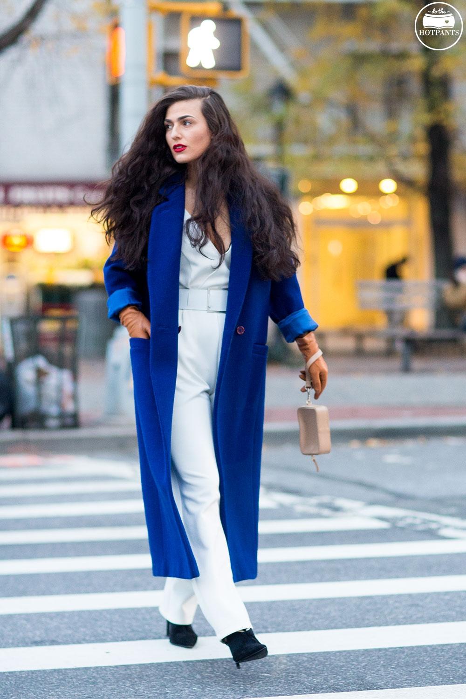 Do The Hotpants Dana Suchow White Jumpsuit Navu Blue Peacoat Trench Coat Jacket Red Lipstick Long Hair Woman MJJ_9874
